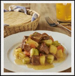 Cerdo con vegetales en salsa de manzana
